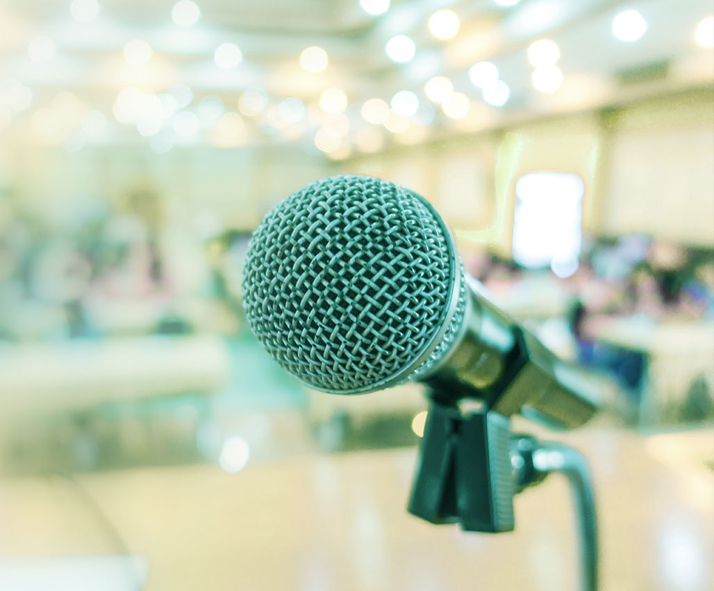 Theatre-based Public Speaking Coaching Course (英語授課)