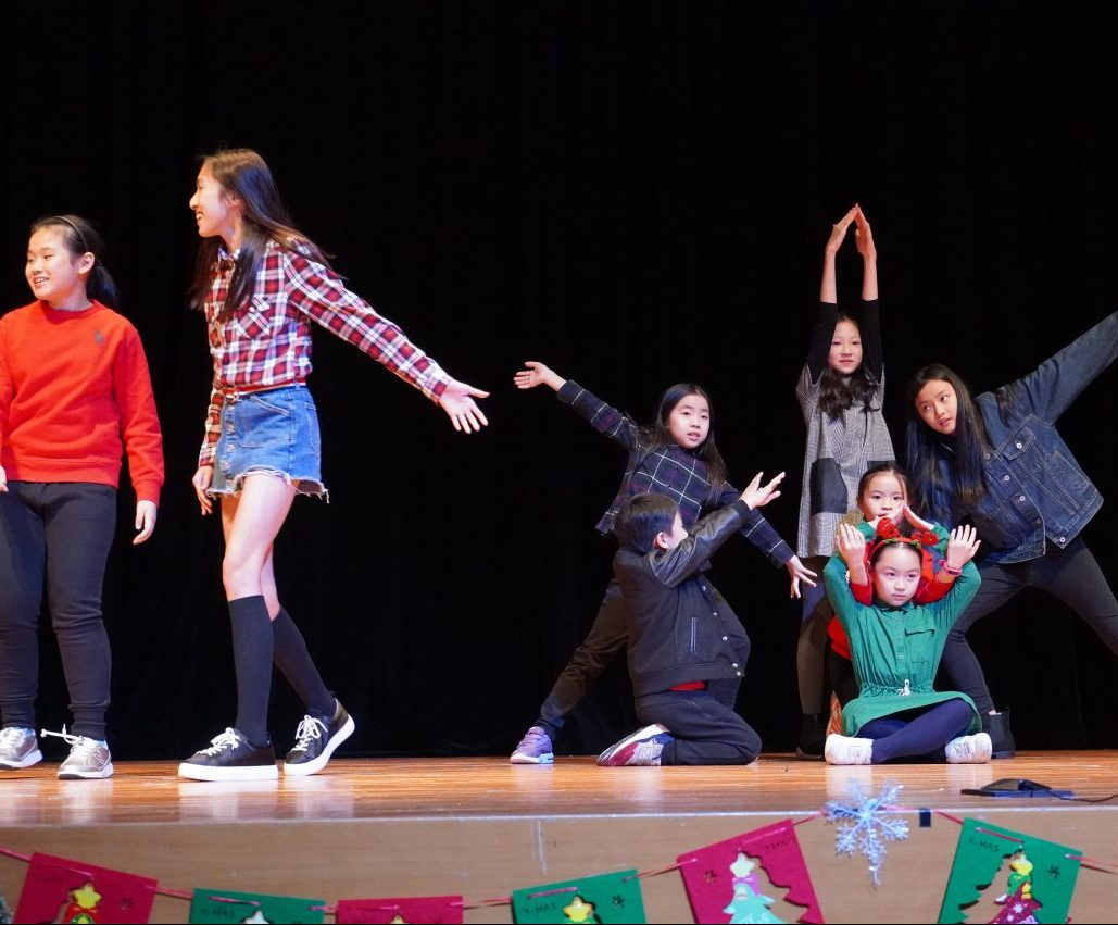 Musical Theatre Dance and Singing for Children Weekly  Class B (Age 8-12) (Conducted in English)